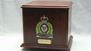 RCMP Double Cherry Urn with Vets Crest