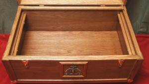 RCMP Trunk - Oak - Open with no tray