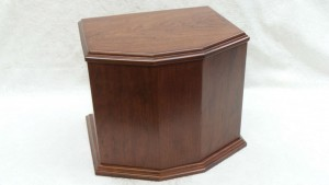 custom_urn_6_sided_cherry